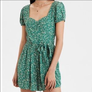 BNWT American Eagle Sweetheart Green Floral Romper
